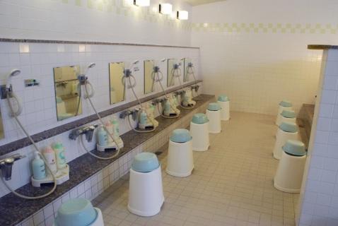 湯〜プラザ柳泉園 洗い場
